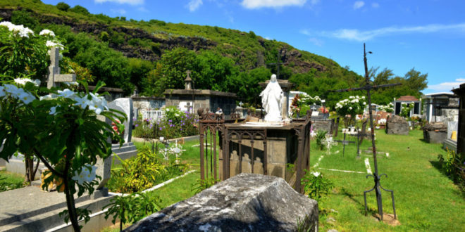 Friedhof am Meer in Saint-Paul auf La Réunion